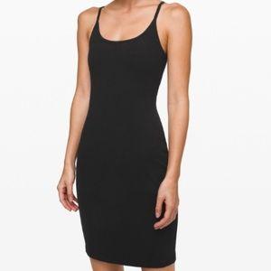 Lululemon Inner Glow Dress Black Size 2